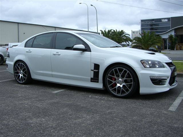 Holden Commodore on TSW Nurburgring