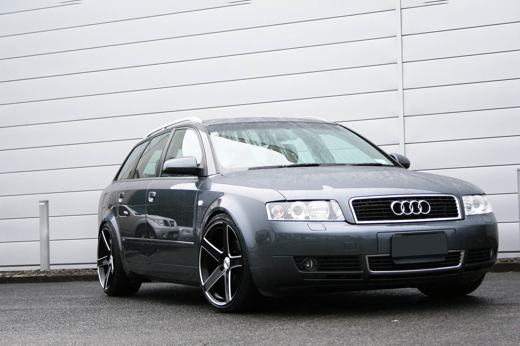 Audi A4 on TSW Rivage