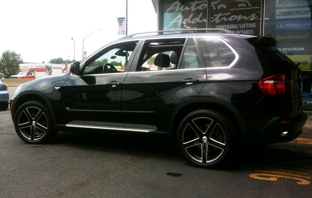 BMW X5 on TSW Rivage