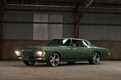 Buick Riviera on Ridler R695