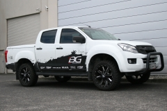 Isuzu DMax on Cali Offroad Busted