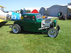 Ford 32 coupe on Cragar S/S Coker Wide white