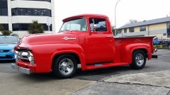 Ford F100 on Cragar Street Pro