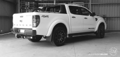 Ford Ranger BlackRhino Selkirk 265/50 Pioneer AT