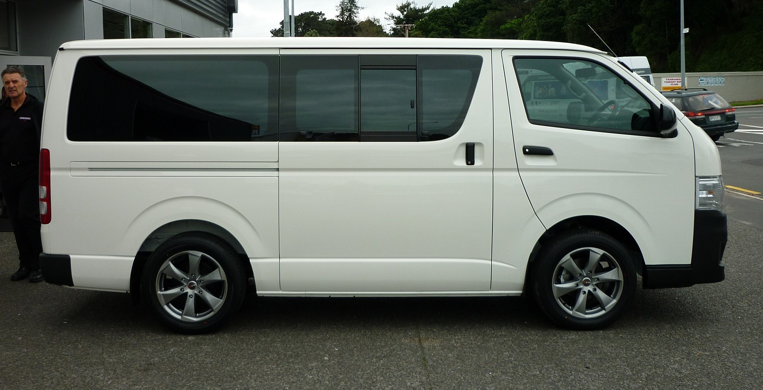 Toyota Hiace on MAK Raptor6