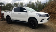 Toyota Hilux on ION 181