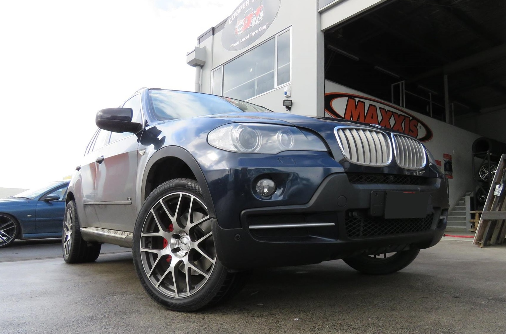 BMW X5 on TSW Nurburgring