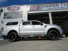 Ford Ranger Black Rhino Haka & Pioneer AT