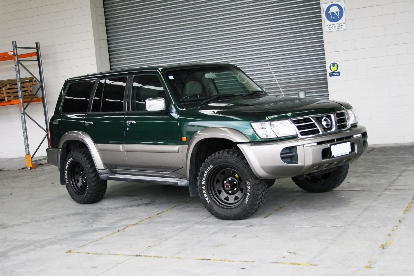 Nissan Patrol on ROH Black Trak