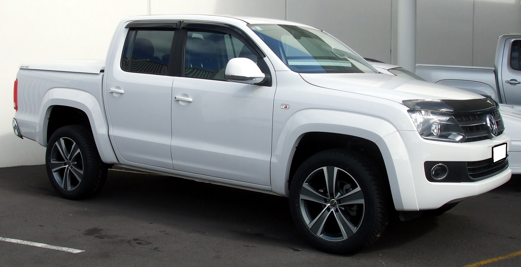 VW Amarok on MAK Fuoco5