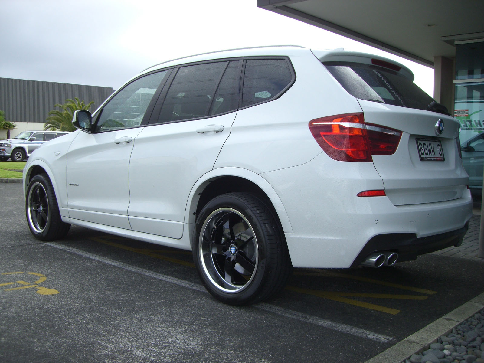 BMW X3 on Beyern Rapp