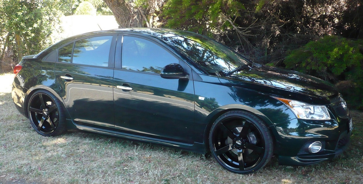Holden Cruze on BGW Torque