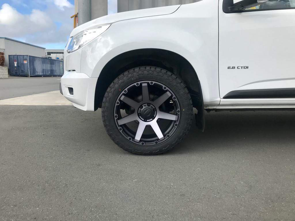Holden Colorado on BGW Vader & Delium A/T