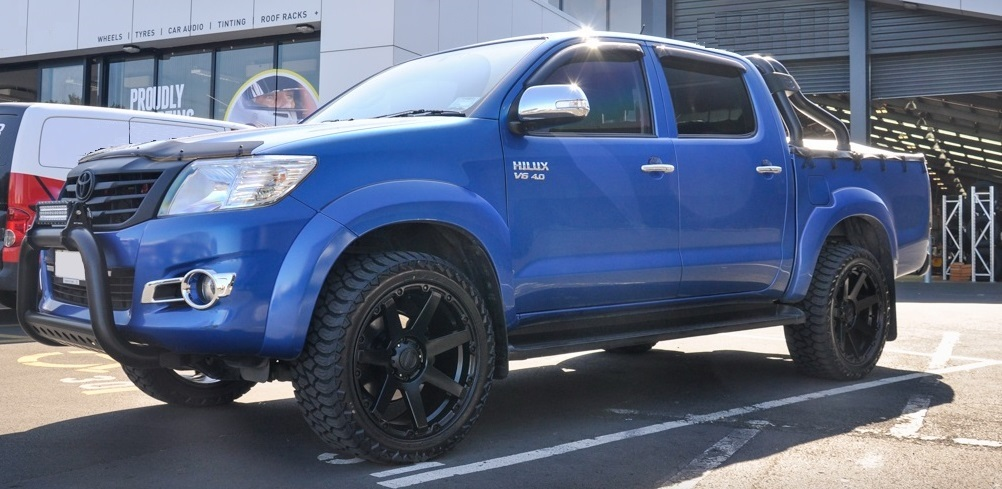 Toyota Hilux on BGW Vader