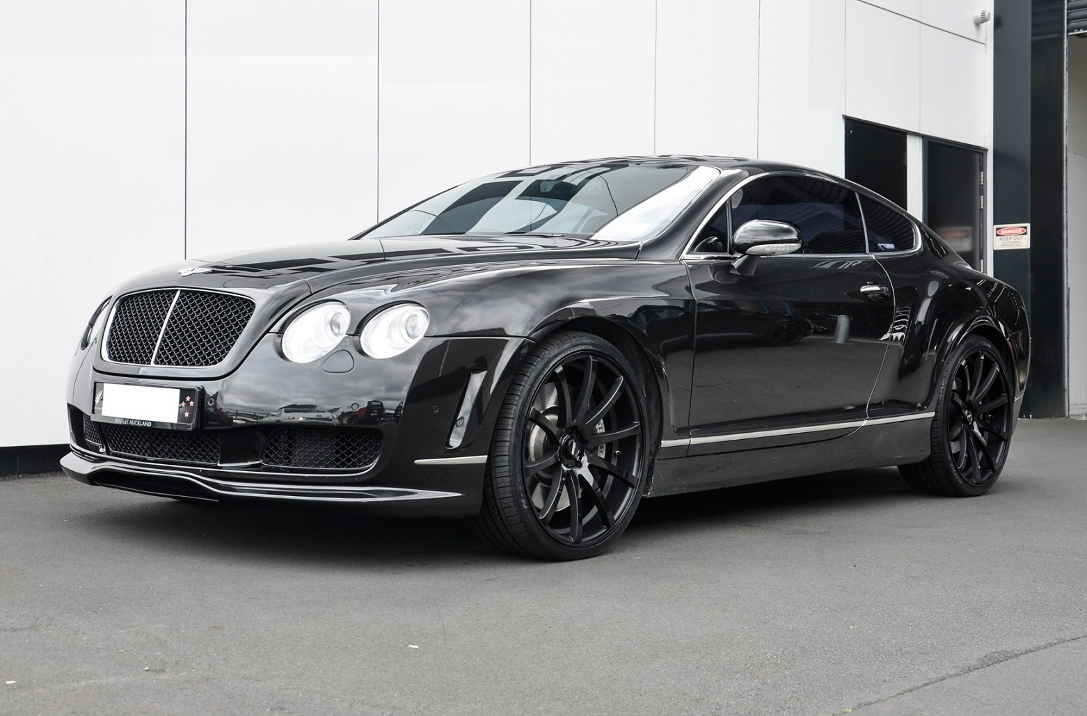 Bently Continental on BGW Pursuit