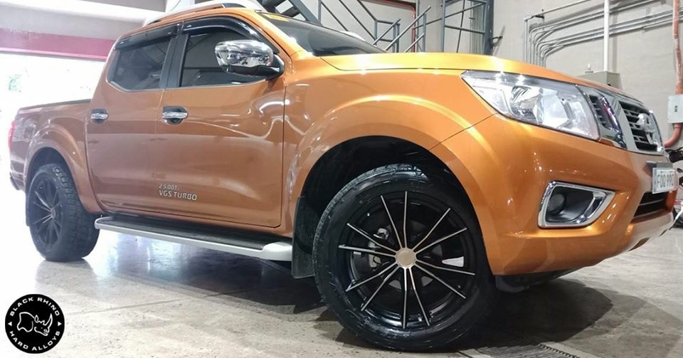Nissan Navara on Black Rhino Zion