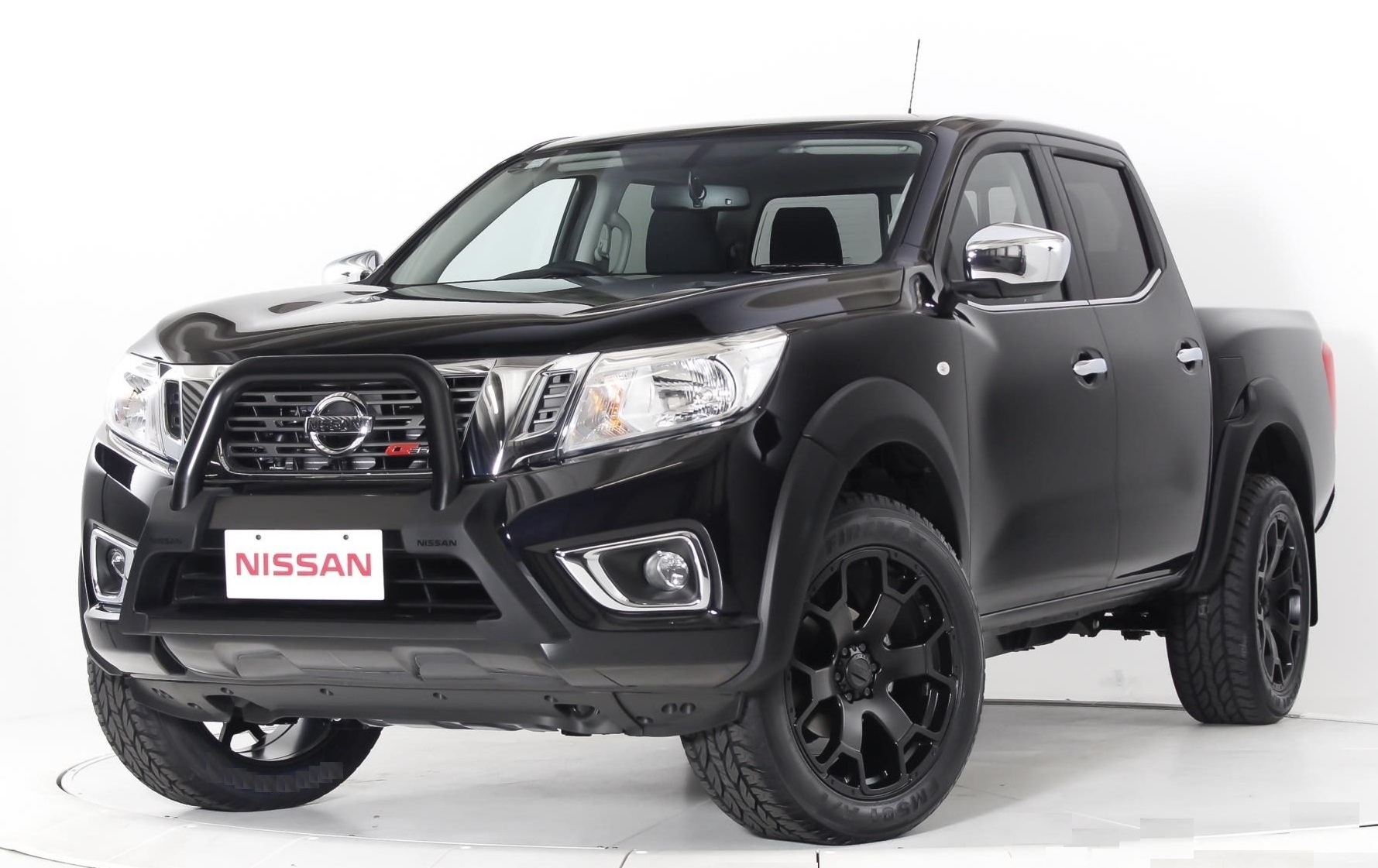 Nissan Navara on BGW Tyson