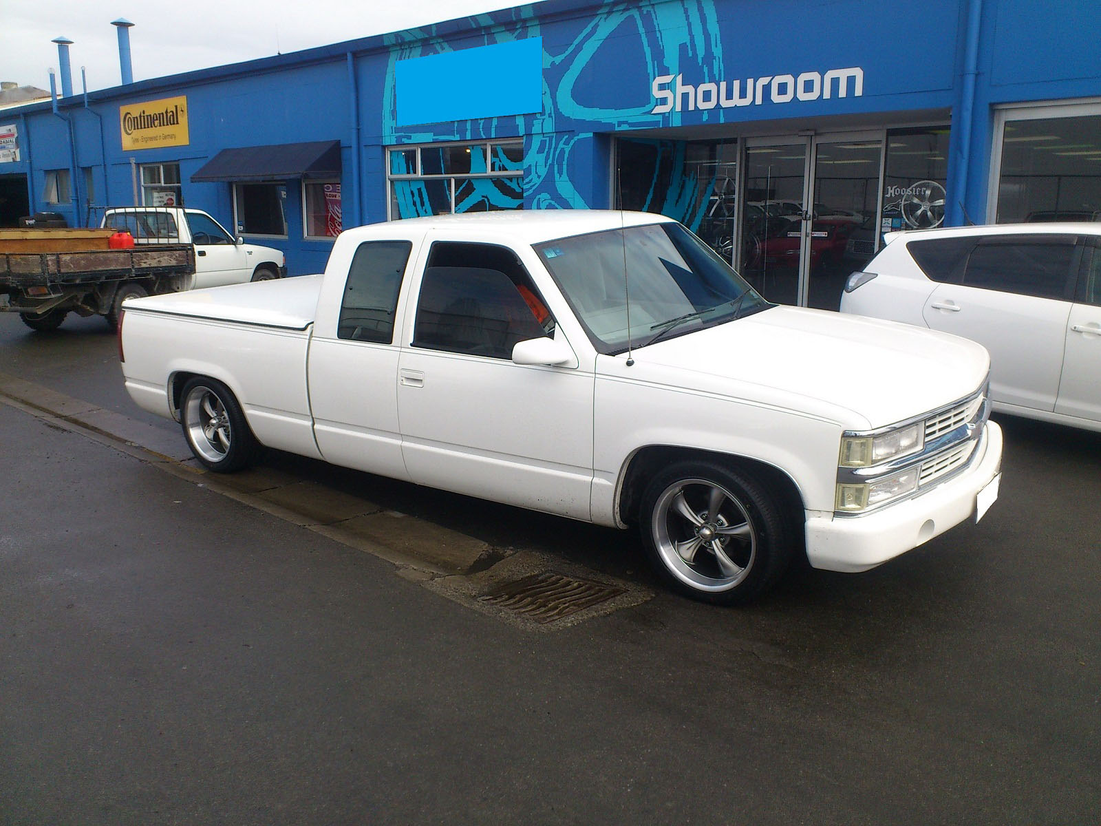 Chev Silverado on Ridler R695