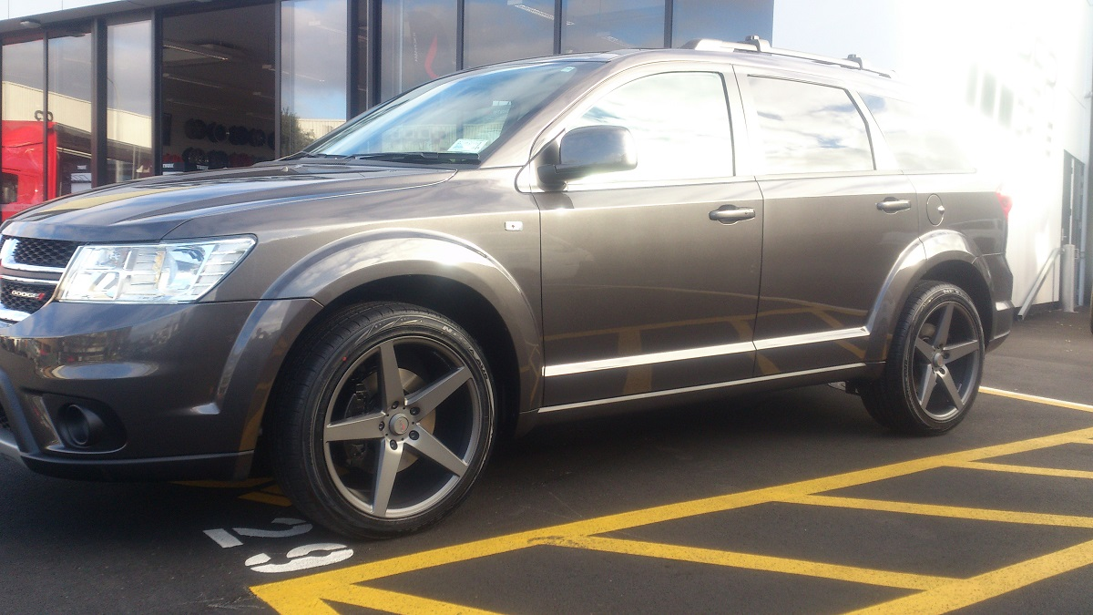 Dodge Journey on BGW Storm